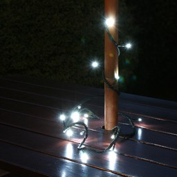 Solar circuit with 50LED bulbs